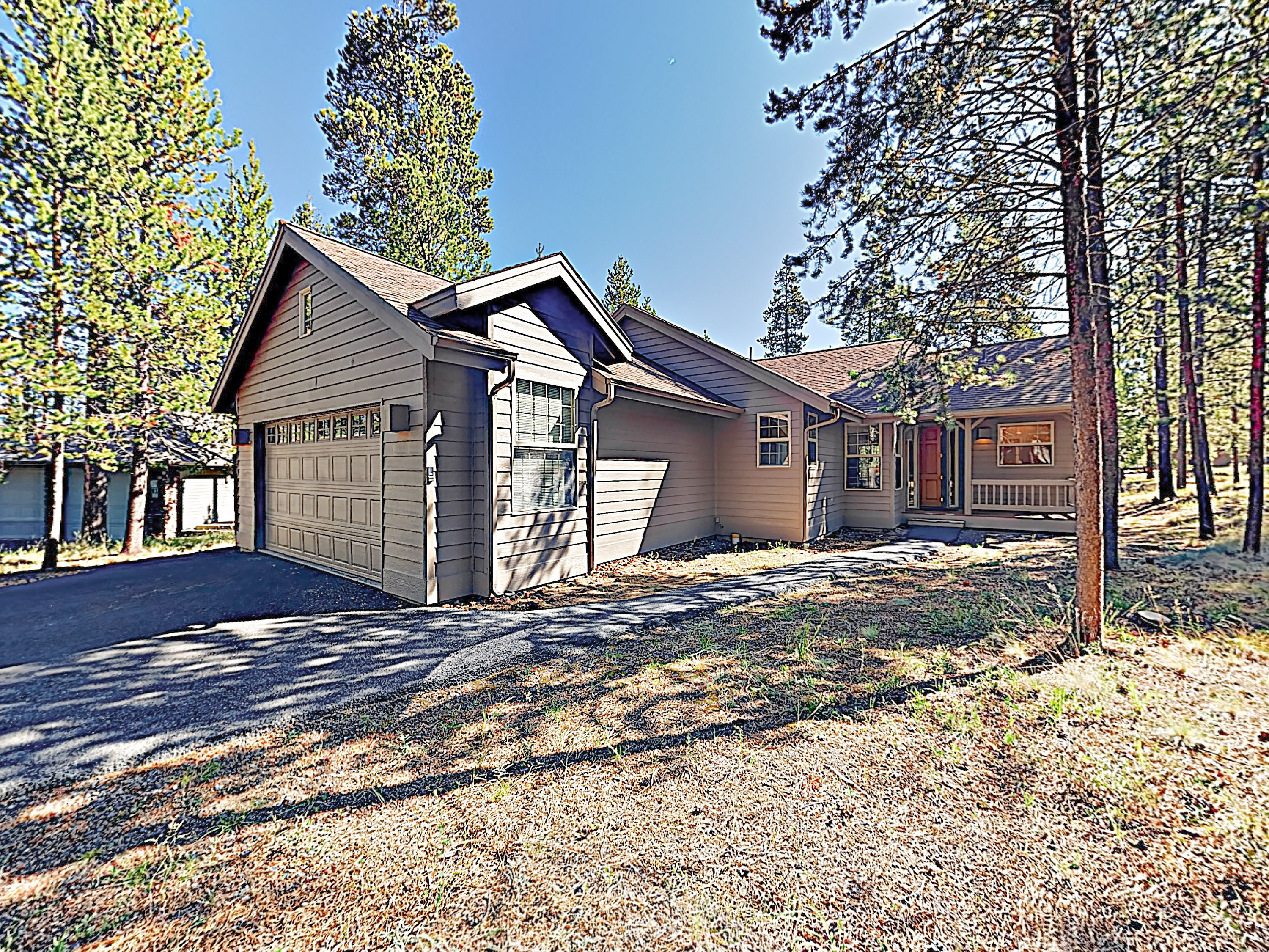 Sunriver OR Vacation Rental This spacious and