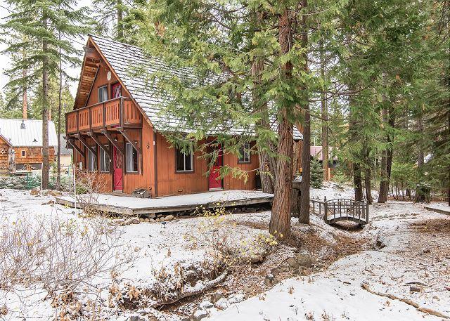 North lake tahoe vacation rentals cabin rentals turnkey for North lake tahoe cabins