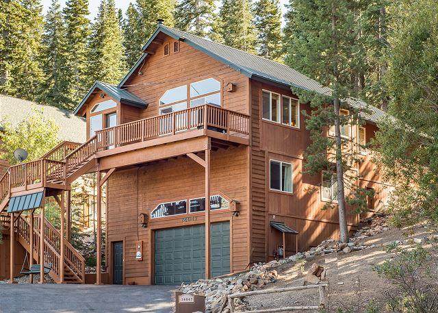 Vacation rentals in north lake tahoe ca cabins for North lake tahoe cabins