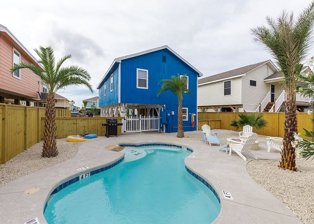 Wonderful 3BR W/ Private Pool, Near Beach