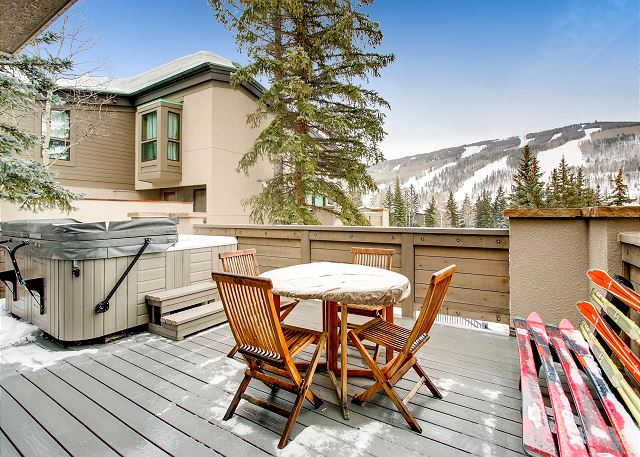 Exceptional vail valley co vacation rentals turnkey for Cabin rentals near vail colorado