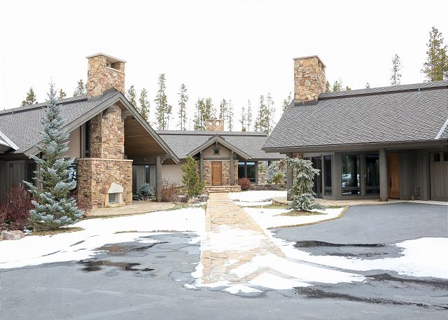 Winter park vacation rentals cabins condos turnkey for Cabin rentals in winter park co