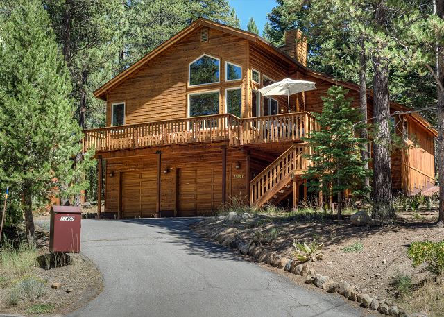 Exceptional north lake tahoe ca vacation rentals turnkey for Rent a cabin in lake tahoe ca