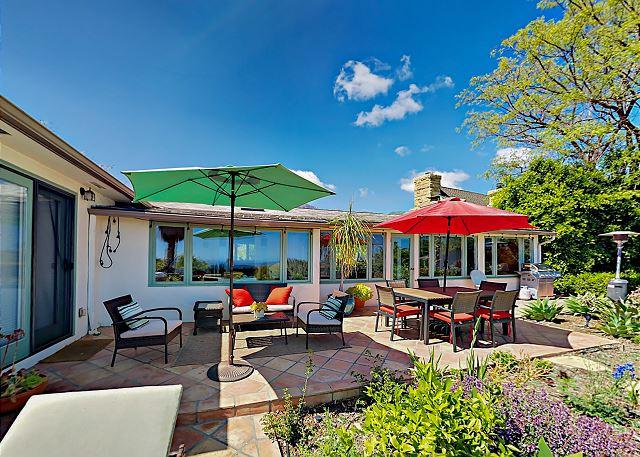Phenomenal 3Br Romantic Retreat Ocean Views Hot Tub Turnkey Interior Design Ideas Inesswwsoteloinfo