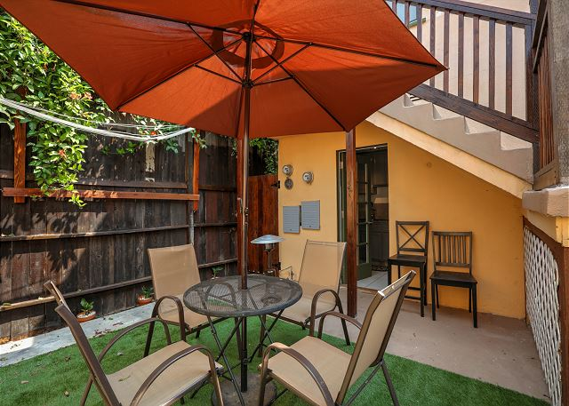 Los angeles vacation rentals vacation homes turnkey for Los angeles holiday rental