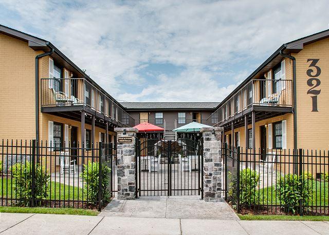 Nashville vacation rentals condo rentals turnkey for Cabin rentals vicino a nashville tn