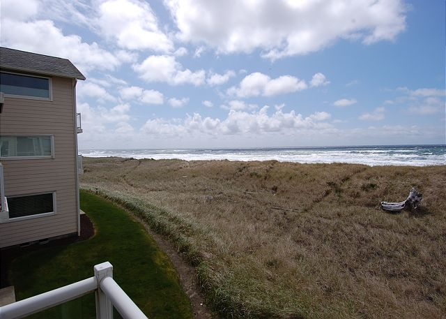 Unit 821 Oceanfront View - Vacations By The Sea, Westport, Washington