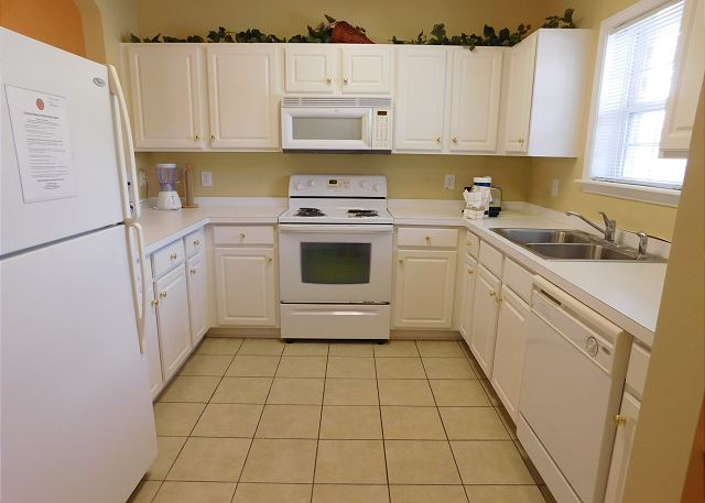 Kitchen At Arbor Trace 812