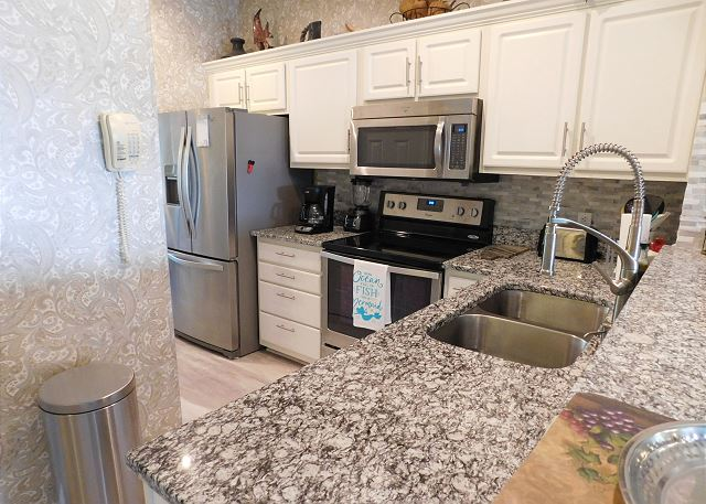 Updated Kitchen in Coquina A15