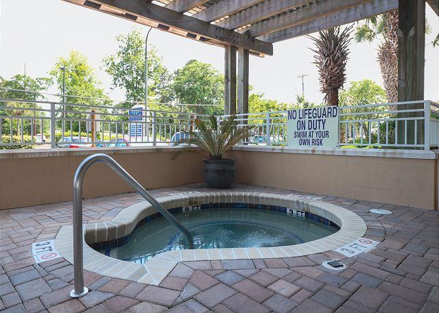 Hot Tub at Harbourgate Marina