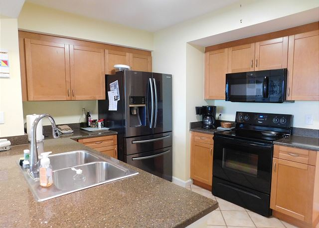 Kitchen at Harbourgate 602