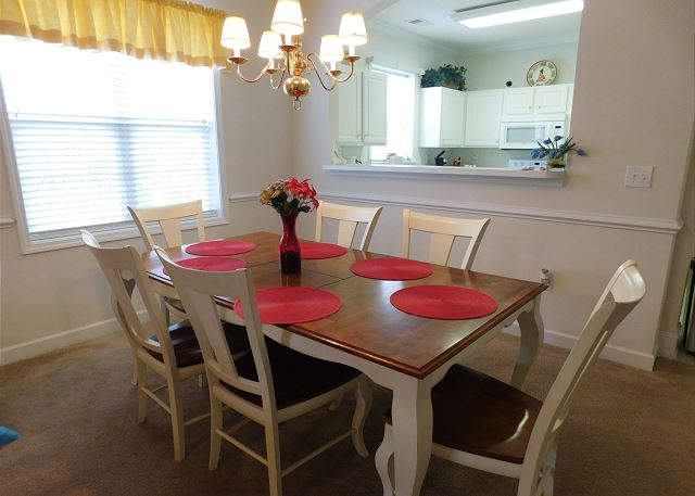 Dining Area in Havens 1215