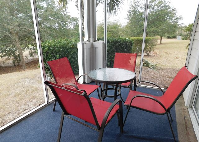 Havens 1215 Patio Seating