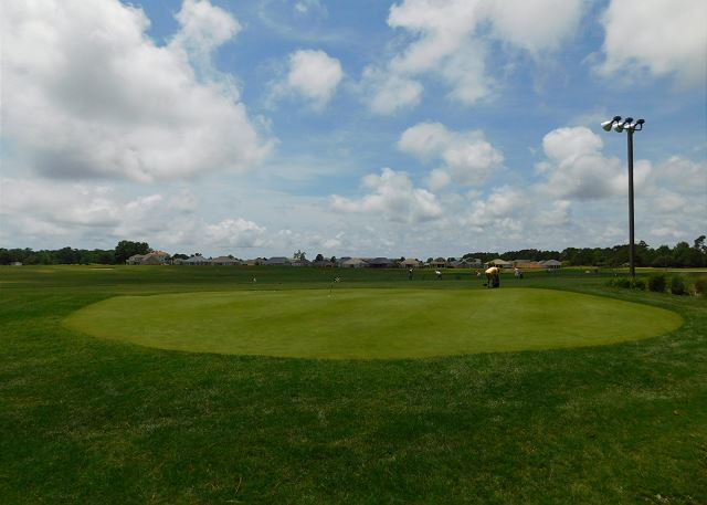 Barefoot Golfing Range