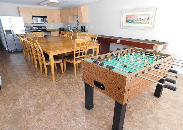 Dining Room & Games