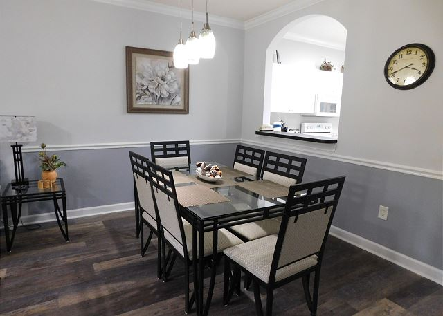 Dining Room in River Crossing