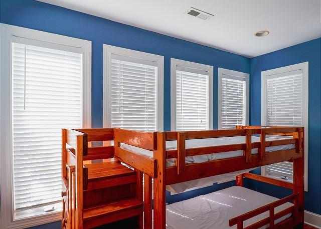 Sun Room Bunk Area