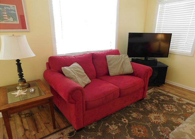 TV in Sitting Area