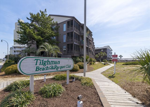 Entrance to Tilghman Beach & Racquet
