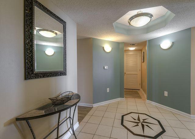 Foyer in YCV 1-1001