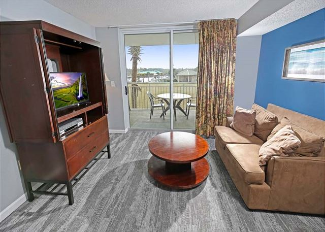4th Bedroom Sitting Area