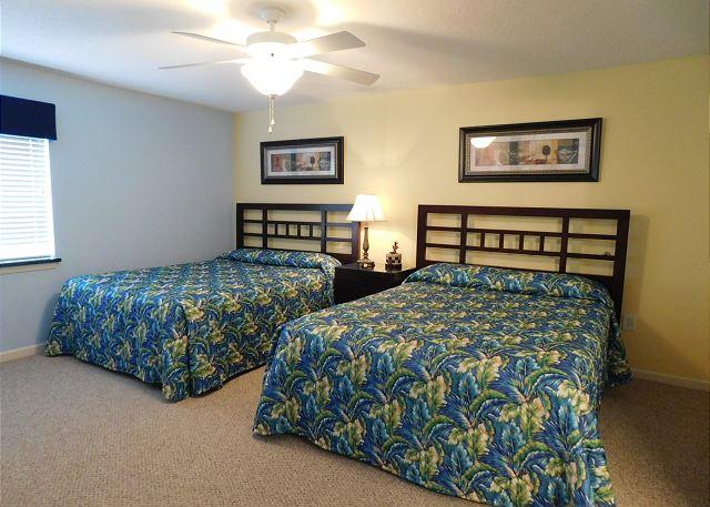 Bedroom 1 with 2 Queens