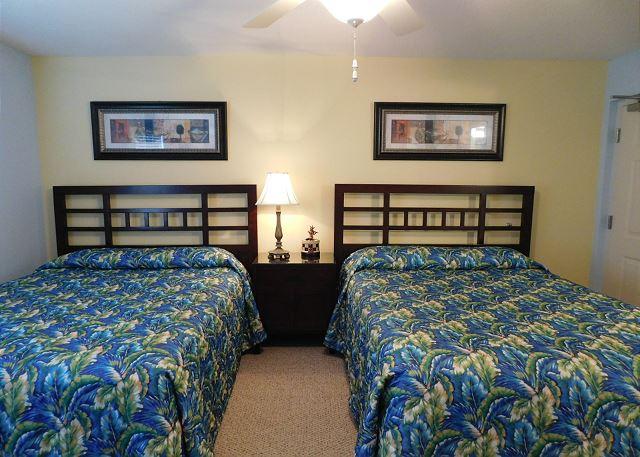 Queen Beds in BR 1