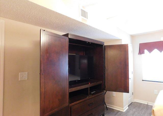 2nd Bedroom Flat Screen TV