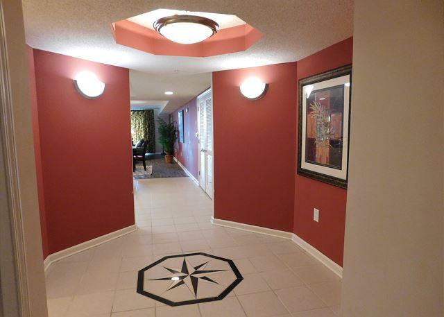 Yacht Club 3-502 Foyer