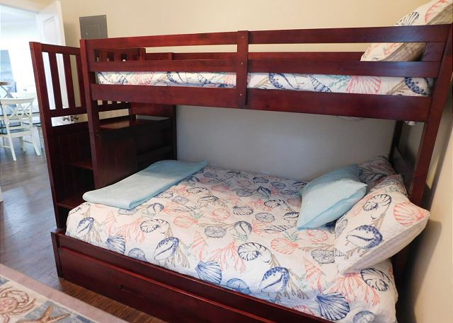 Bunk Beds with Full/Twin