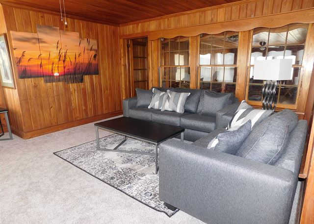 Front Room Sitting Area