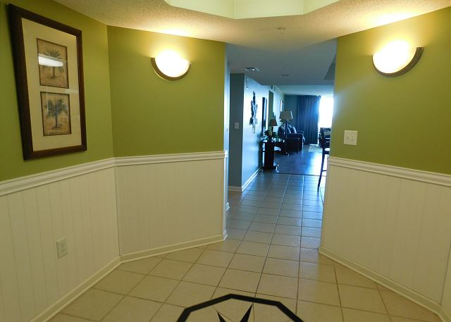 Foyer at YCV 3-604