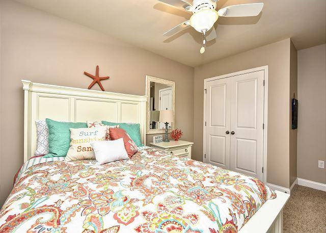 3rd BR Queen Bed