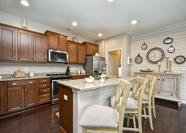 Full Kitchen in Clearwater