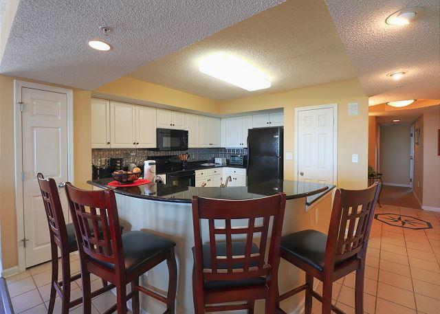 Kitchen Area and Breakfast Bar