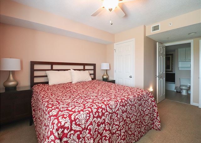 King Bed in 3rd Bedroom