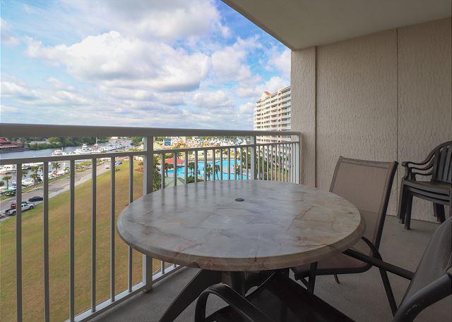 Balcony Table/Chairs