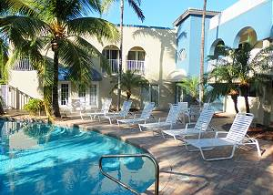 Blue Ocean Villa 3 Oceanfront 4/3 for 10 Heated Pool