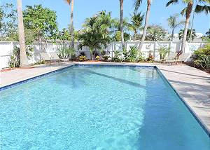 Blue Pearl 4/2 Heated Pool for 10