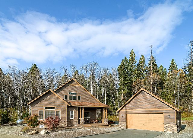 Roslyn hideaway vr 365 lake cle elum cle elum vacation for Cle elum lake cabins