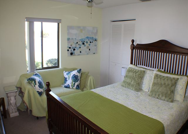 Second bedroom with queen size bed.  Second bedroom also has a private full bath.