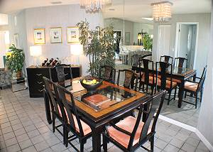 Dining area with seating for six (6).