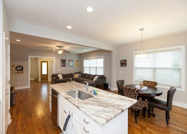 Welcome to our Spacious Townhome in the Heart of North Nashville!