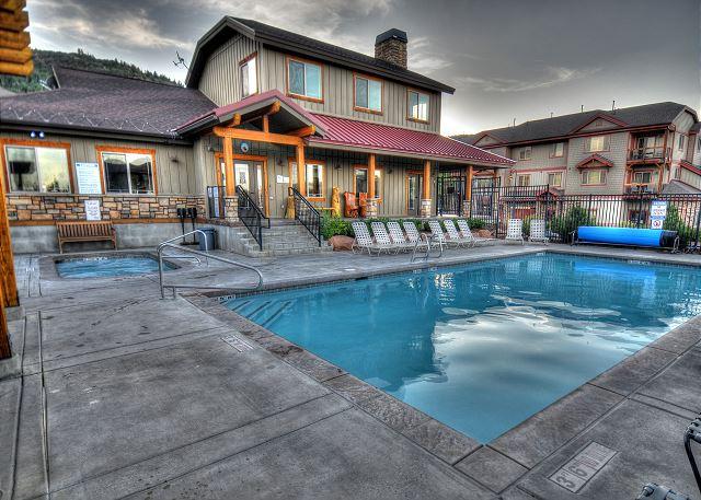 Bear Hollow Swimming Pool