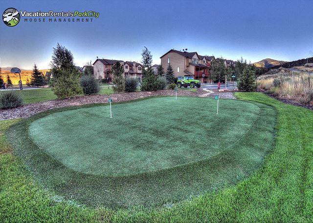 Bear Hollow Community Putting Green