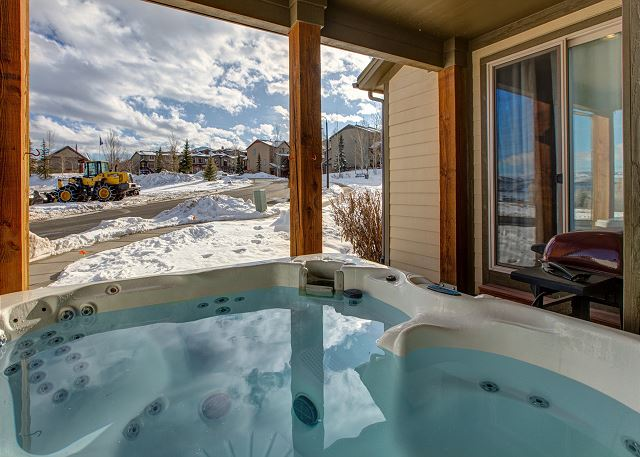 Large Private Hot Tub with Gorgeous Winter Mountain Views