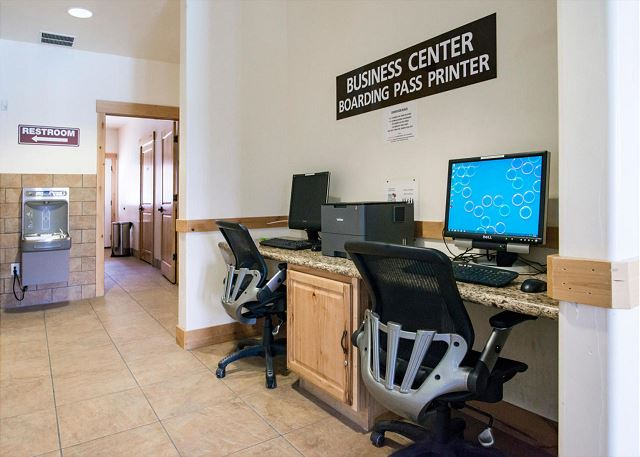 Bear Hollow Clubhouse Business Center with Two Computers and a Printer