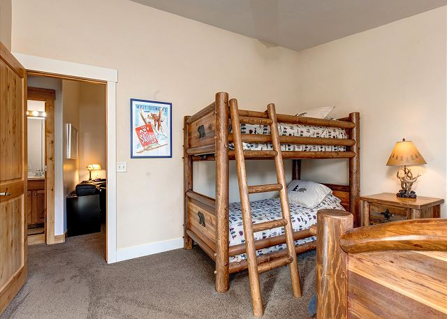 Upstairs Bunk Room: Twin over Twin Bunk PLUS Twin Bed and TV