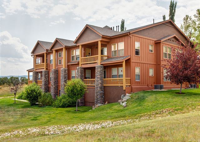 Fox Bay Condos  3 minutes to the Jordanelle Lake or the Deer Val
