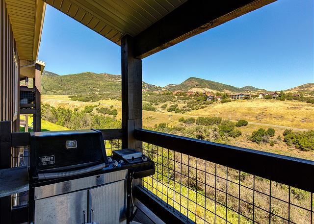 Balcony with VIEWS and BBQ